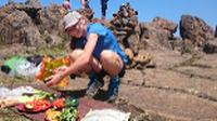 Making lunch on top of Cradle Mountain |  <i>Oscar Bedford</i>