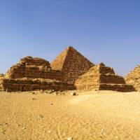 Gorgeous shot of the great Pyramids of Giza   Liz Rogan