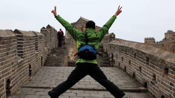 More than just walking along the intriguing Great Wall of China. | Su Zhi Wei