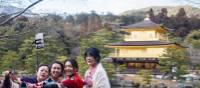 Japanese locals at Kinkakuji | Felipe Romero Beltran