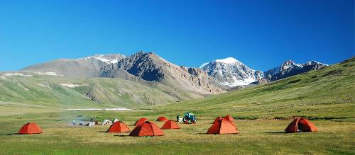 Mongolia School Group Tours & Service Learning Trips | World
