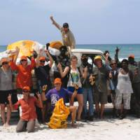 Wanuwuy community project cleanup in Arnhem Land | Gesine Cheung