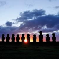 Sunset over the beautiful Moai stone heads   Heike Krumm